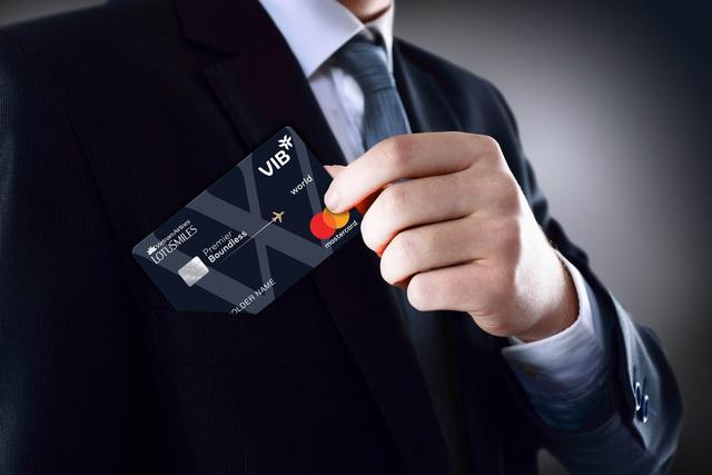 Thẻ đồng thương hiệu đặc quyền – chiến lược mới của hãng bay và ngân hàng - Ảnh 2.