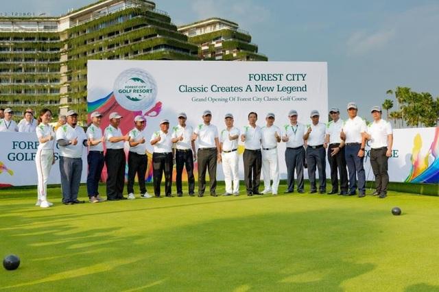 Tiến độ Forest City 2019: bàn giao 20.000 căn và sân Golf 18 lỗ thứ 2 - Ảnh 1.
