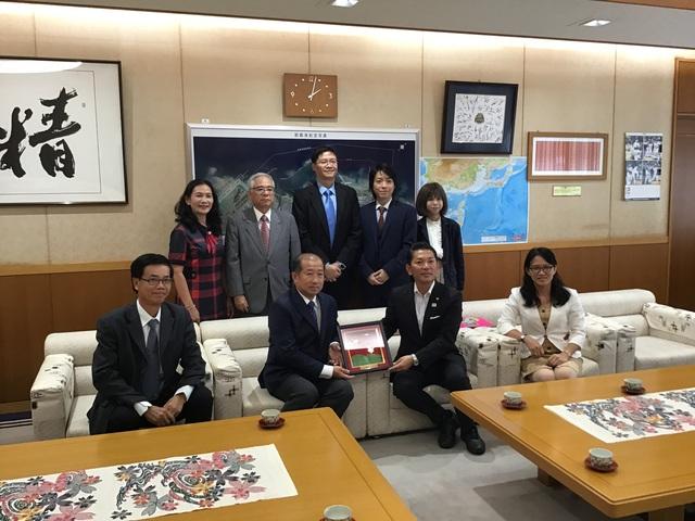 Tích cực thực hiện việc kết nối giữa tỉnh Đồng Tháp và tỉnh Okinawa, Nhật Bản - Ảnh 1.