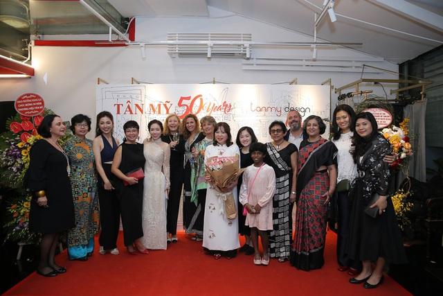 Tân Mỹ - Hành trình 50 năm thương hiệu nghề thêu tay truyền thống - Ảnh 3.