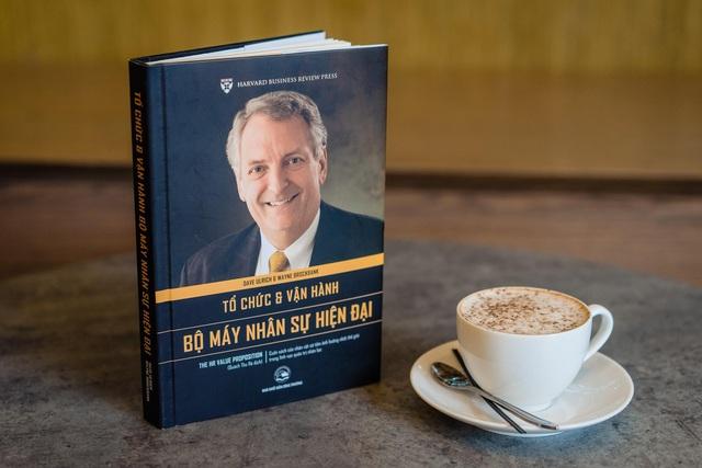 Bộ 5 cuốn sách quản trị nhân sự hàng đầu thế giới của trường kinh doanh Harvard - Ảnh 2.