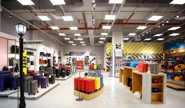 LUG mở Mega Store quy mô 789m2 lớn nhất tại AEON Hà Đông: rất nhiều sản phẩm hành lý quốc tế nổi tiếng, giá hợp lý - Ảnh 1.