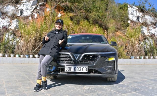 Sao Việt lần đầu phượt Hà Giang đầy hiểm trở bằng ô tô VinFast: Xe Việt đi sướng như xe ngoại - ảnh 2