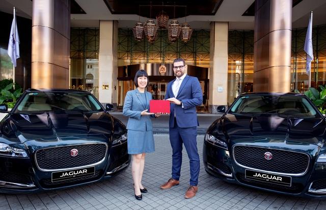 Caravelle Saigon chính thức tiếp nhận lô xe cao cấp Jaguar XF Prestige - Ảnh 2.