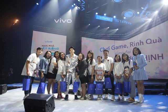 """Vivo S1 Pro ra mắt bùng nổ trong buổi tiệc âm nhạc và công nghệ """"Khai Phá Chất Riêng"""" - ảnh 8"""