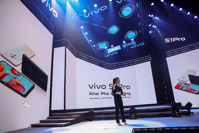 """Vivo S1 Pro ra mắt bùng nổ trong buổi tiệc âm nhạc và công nghệ """"Khai Phá Chất Riêng"""" - ảnh 9"""