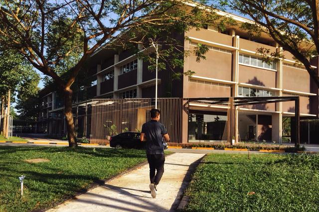 Lộ diện trường đại học cực sang chảnh khiến cư dân mạng thi nhau ganh tỵ - Ảnh 14.