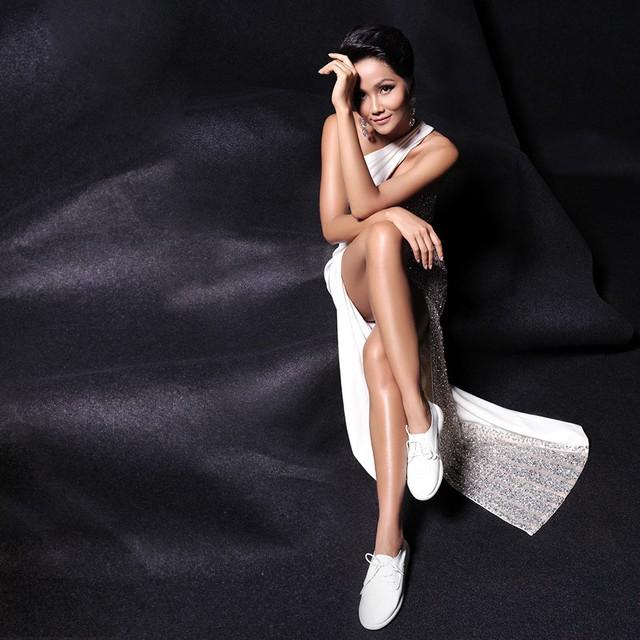 Ra mà xem giày Biti's giờ là sự lựa chọn của cả Hoa hậu H'Hen Niê lẫn các fashionista rồi! - ảnh 1