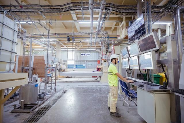 Việt Nam đã có nhà máy sản xuất tấm thạch cao hiện đại bậc nhất Đông Nam Á - Ảnh 1.
