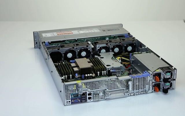 """R540, máy chủ Poweredge 14 – """"cánh tay phải"""" cho doanh nghiệp - Ảnh 1."""