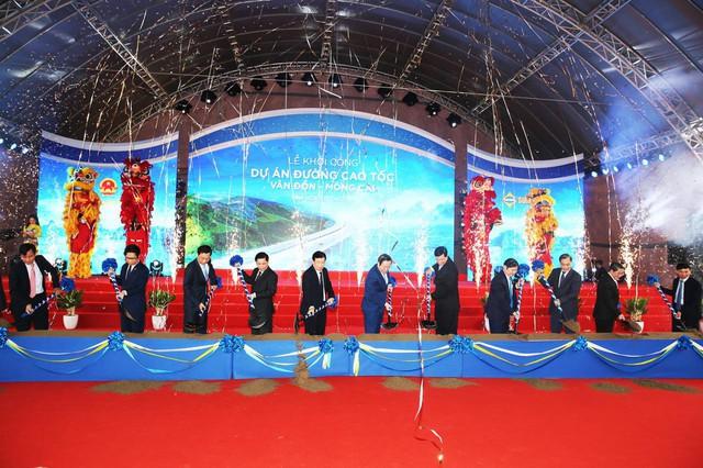 Chính thức khởi công dự án cao tốc Vân Đồn – Móng Cái dài nhất Quảng Ninh - Ảnh 2.
