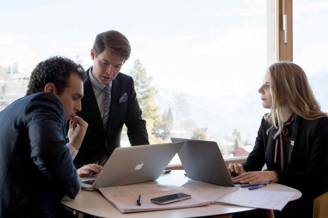 Ngành Dịch vụ (Hospitality) mang đến nhiều lựa chọn nghề nghiệp hơn những gì chúng ta nghĩ - Ảnh 3.