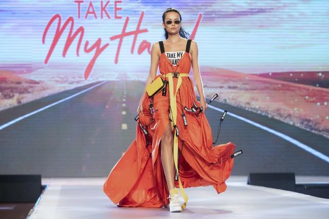 Dàn sao Việt đình đám quy tụ trong fashion show hoành tráng do Thanh Hằng làm vedette - ảnh 11