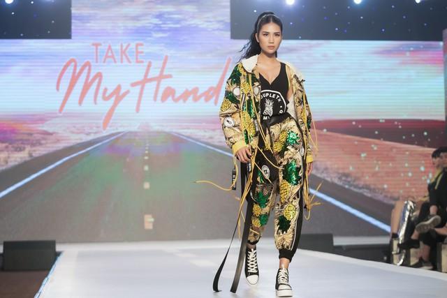 Dàn sao Việt đình đám quy tụ trong fashion show hoành tráng do Thanh Hằng làm vedette - ảnh 15