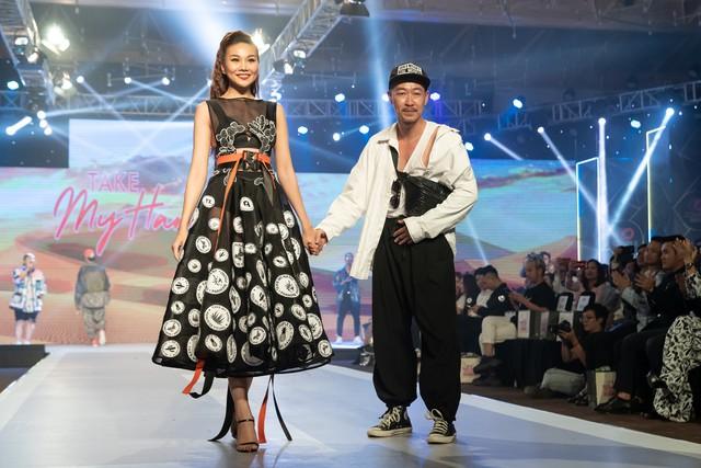 Dàn sao Việt đình đám quy tụ trong fashion show hoành tráng do Thanh Hằng làm vedette - ảnh 9
