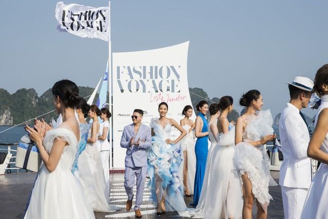 Trên sàn catwalk du thuyền 5 sao, BST từ cảm hứng thời trang thuần khiết lên ngôi trong sự choáng ngợp, mãn nhãn - ảnh 10