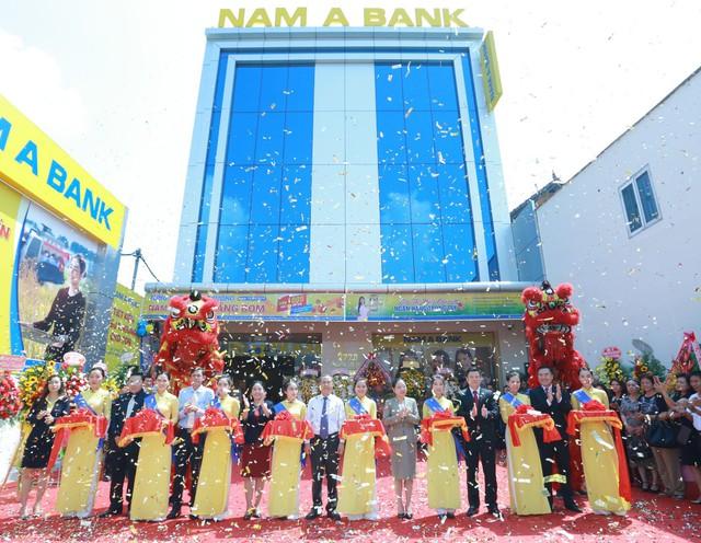 Nam A Bank khai trương 2 điểm giao dịch mới tại tỉnh Đồng Nai - Ảnh 1.