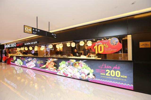 TTTM Sun Plaza Thụy Khuê hút khách ngày khai trương - Ảnh 2.