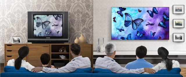 Smart TV: món quà thiết thực mà ý nghĩa dành tặng những người lớn tuổi - Ảnh 1.