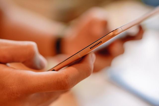 Galaxy Tab S5e là tuyên ngôn cho thấy nếu xét về thiết kế, Samsung xứng đáng là ngôi vương - Ảnh 4.