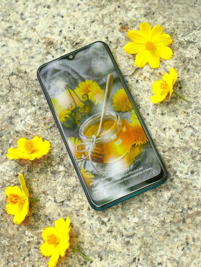 """Cuối tuần làm gì mà không """"săn"""" smartphone Vivo mới nhất, giá """"hạt dẻ"""" tại Thế Giới Di Động - ảnh 3"""