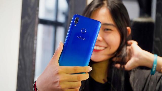 """Cuối tuần làm gì mà không """"săn"""" smartphone Vivo mới nhất, giá """"hạt dẻ"""" tại Thế Giới Di Động - ảnh 5"""