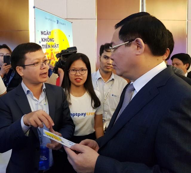 """Thuận lơi, dễ dàng khi thanh toán """"không tiền mặt"""" với VNPT Pay - Ảnh 2."""