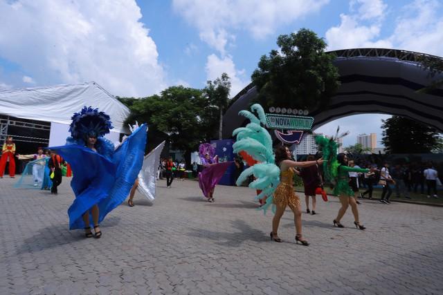Novaland Expo 2019 hút khách tham quan trong ngày đầu khai mạc - Ảnh 4.