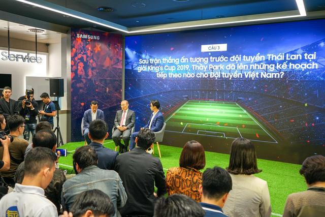Ra mắt S10+ phiên bản Park Hang-seo riêng cho Việt Nam, thị trường 90 triệu dân ngày càng được Samsung quan tâm hơn - Ảnh 2.