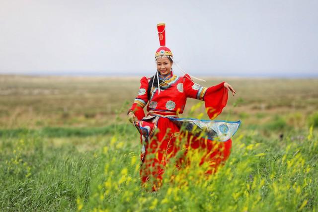 Nội Mông, những nốt nhạc huyền bí của gió và cát - Ảnh 6.