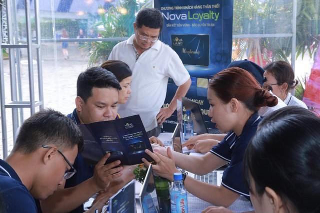 """Thẻ thành viên Novaloyalty """"trao tay"""" hàng ngàn khách hàng tại Novaland Expo 2019 - Ảnh 1."""