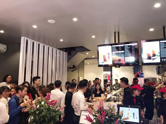 Giới trẻ xôn xao về thương hiệu trà sữaTPTeađình đám chính thức cập bến Hà thành - Ảnh 2.