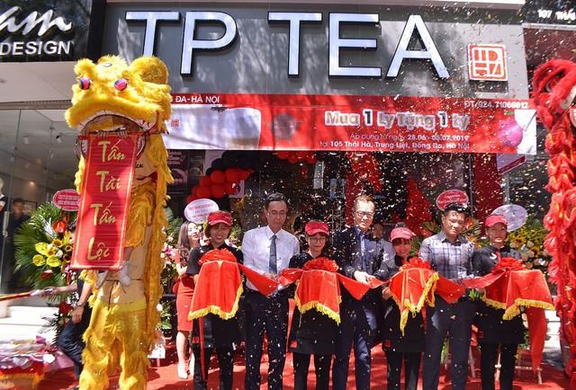 Giới trẻ xôn xao về thương hiệu trà sữaTPTeađình đám chính thức cập bến Hà thành - Ảnh 1.