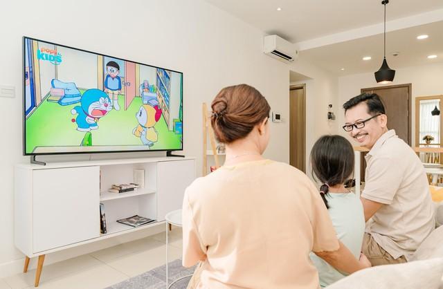 Mọi cải tiến trên chiếc TV hiện đại đều hướng về gia đình - Ảnh 1.