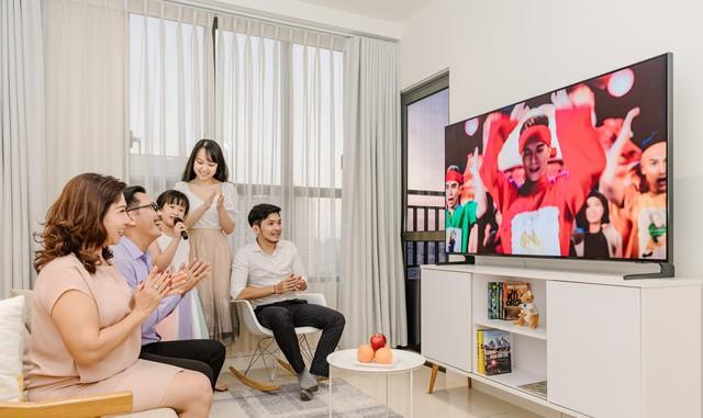Những đặc điểm trên chiếc TV đáp ứng mọi nhu cầu của các thành viên trong gia đình - Ảnh 2.