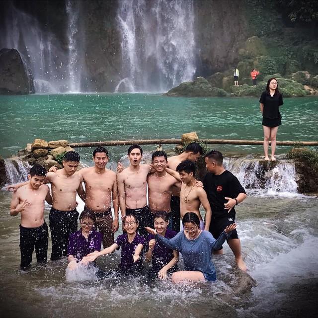 Trường Doanh nhânCEOViệt Nam cho sinh viên trải nghiệm 4 tháng du lịch thực tế khắp cả nước - Ảnh 3.