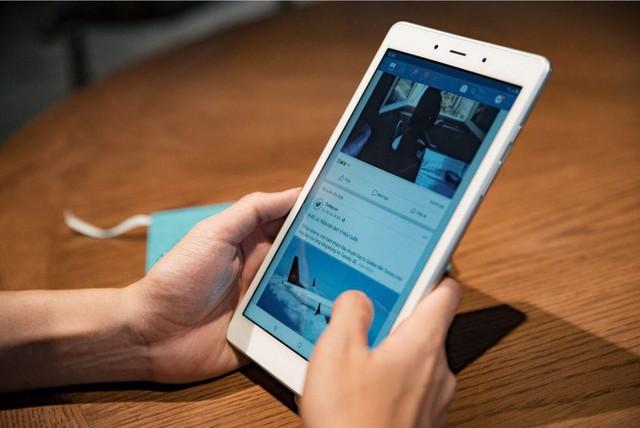 Samsung và không ít lần mở ra những trào lưu smartphone mới - Ảnh 2.