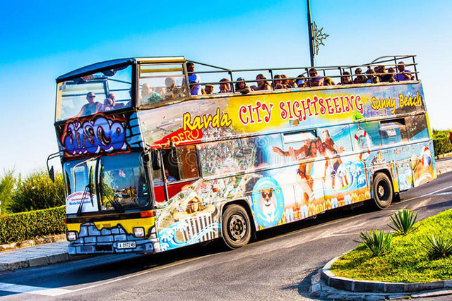 Sắp triển khai xe buýt xịn sò từ sân bay Tân Sơn Nhất đến thẳng dự án Apec Mandala Wyndham Mũi Né - Ảnh 3.