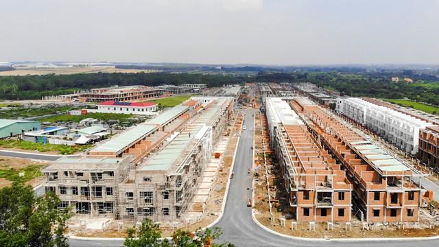 Khu đô thị Viva Park của LDG Group chuẩn bị bàn giao 200 căn nhà phố xây sẵn - Ảnh 2.