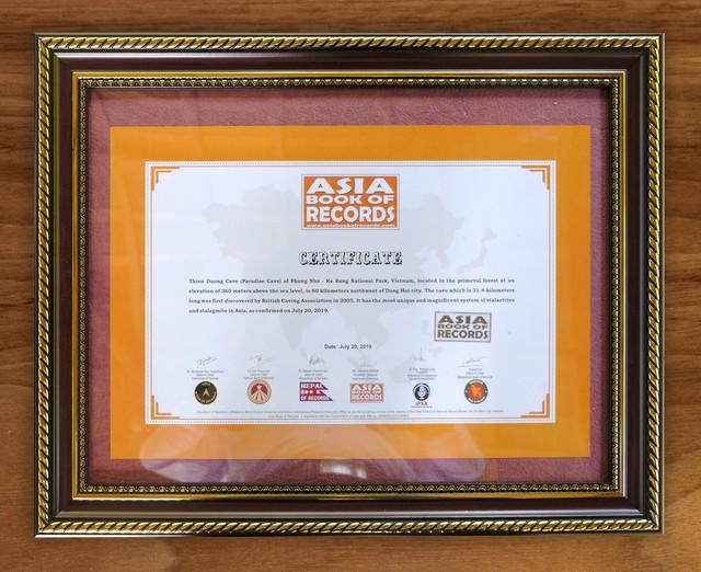 Động Thiên Đường (Quảng Bình) xác lập kỷ lục mới Châu Á do Asia book of records bình chọn - Ảnh 1.