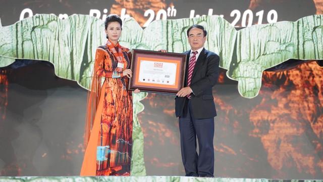 Động Thiên Đường (Quảng Bình) xác lập kỷ lục mới Châu Á do Asia book of records bình chọn - Ảnh 2.