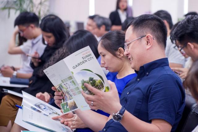 Tập đoàn CEO: Triển vọng kinh doanh tăng trưởng cao trong 6 tháng cuối năm - Ảnh 1.