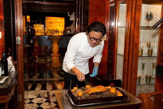 'Bữa tối tuyệt vời' với thực đơn ngẫu hứng của đầu bếp gốc Việt Luke Nguyễn - Ảnh 2.
