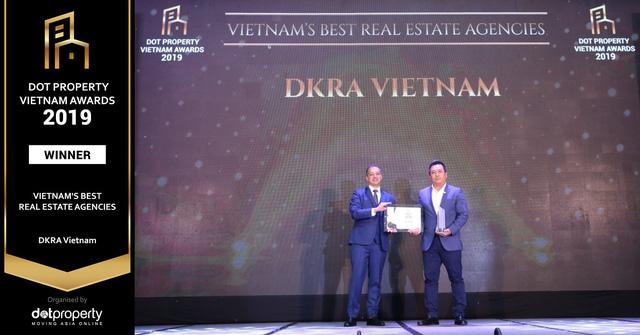"""DKRA Vietnam lập cú hat-trick giải thưởng """"Nhà phân phối Bất động sản tốt nhất Việt Nam"""" - Ảnh 1."""
