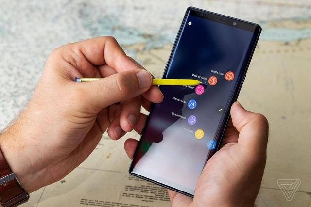"""Không phải là điện thoại đầu tiên có kèm bút, nhưng Galaxy Note mới là chiếc smartphone duy nhất có cây bút """"ăn tiền"""" - Ảnh 5."""