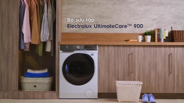 Giữ quần áo như mặc lần đầu không còn khó với Electrolux Ultimatecare 900 - Ảnh 1.