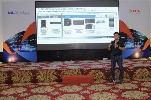 """Hội thảo """"Data Center In A Rack–Digital Transformation For Enterprises"""" - Giới thiệu các giải pháp công nghệ cho doanh nghiệp Việt - Ảnh 2."""