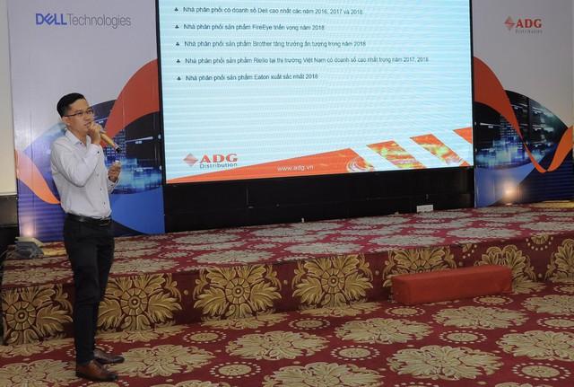 """Hội thảo """"Data Center In A Rack–Digital Transformation For Enterprises"""" - Giới thiệu các giải pháp công nghệ cho doanh nghiệp Việt - Ảnh 3."""