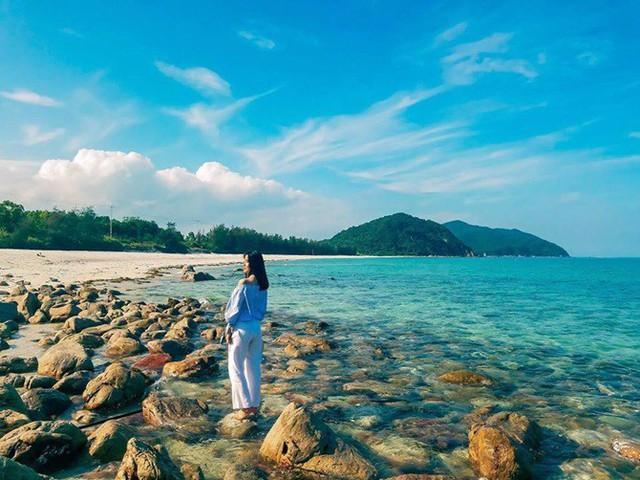 Chẳng cần tới Bali, Quảng Ninh cũng có thế giới vịnh - đảo đẹp nhường này - Ảnh 12.