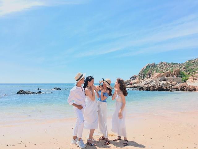 Chẳng cần tới Bali, Quảng Ninh cũng có thế giới vịnh - đảo đẹp nhường này - Ảnh 7.